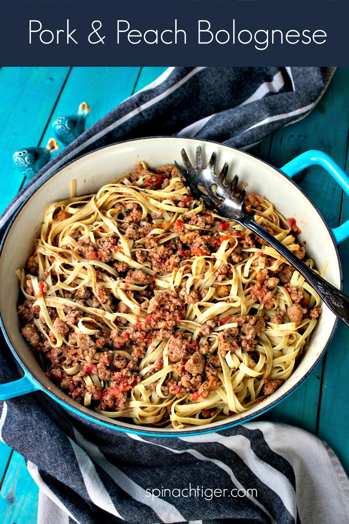 Pork and Peach Bolognese, brings the best of summer and comfort food together. Authentic #bolognese with the added sweetness of summer peaches. #spinachtiger via @angelaroberts