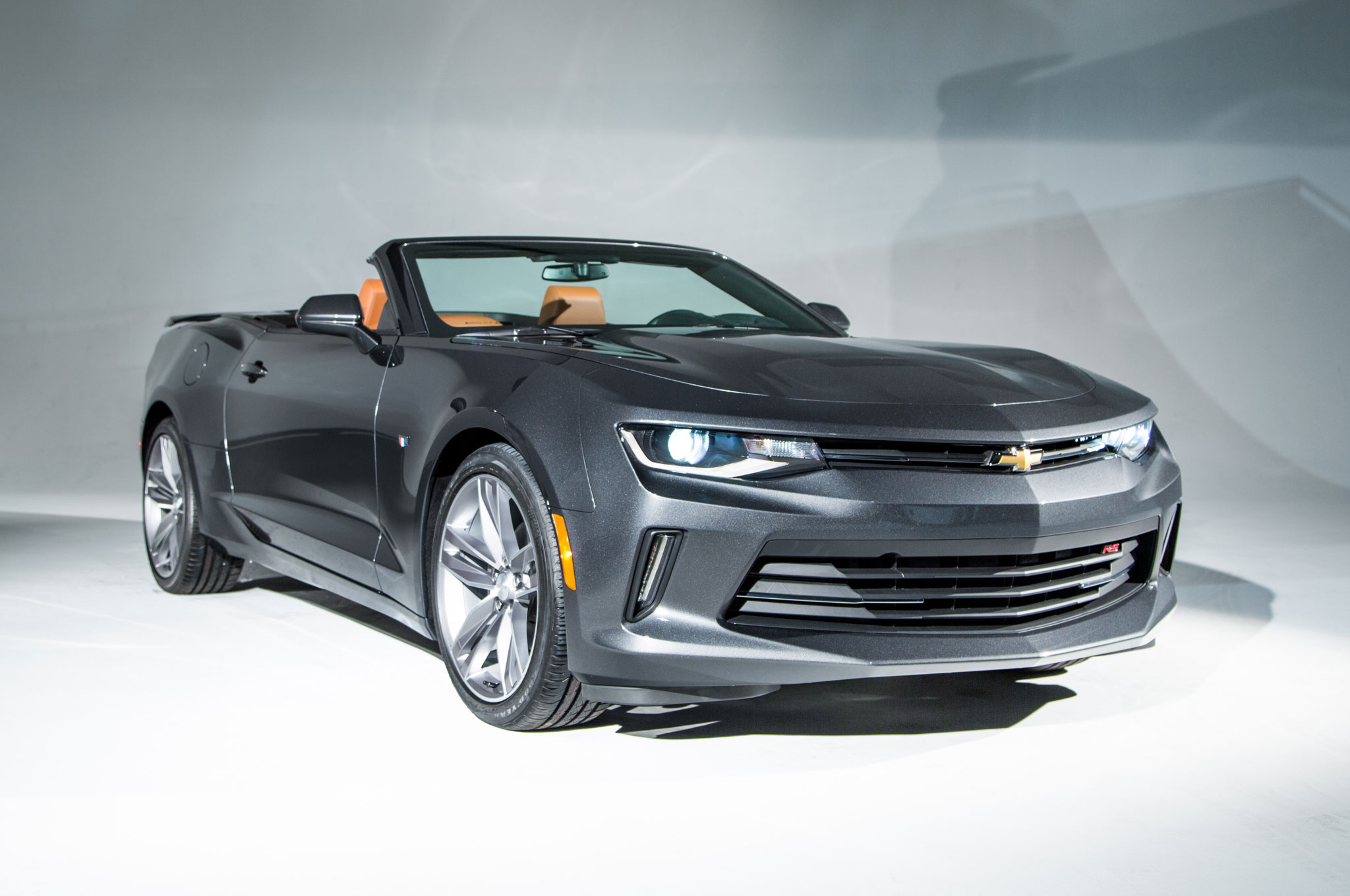 2016 Chevrolet Camaro Convertible Sheds Weight, Keeps ...