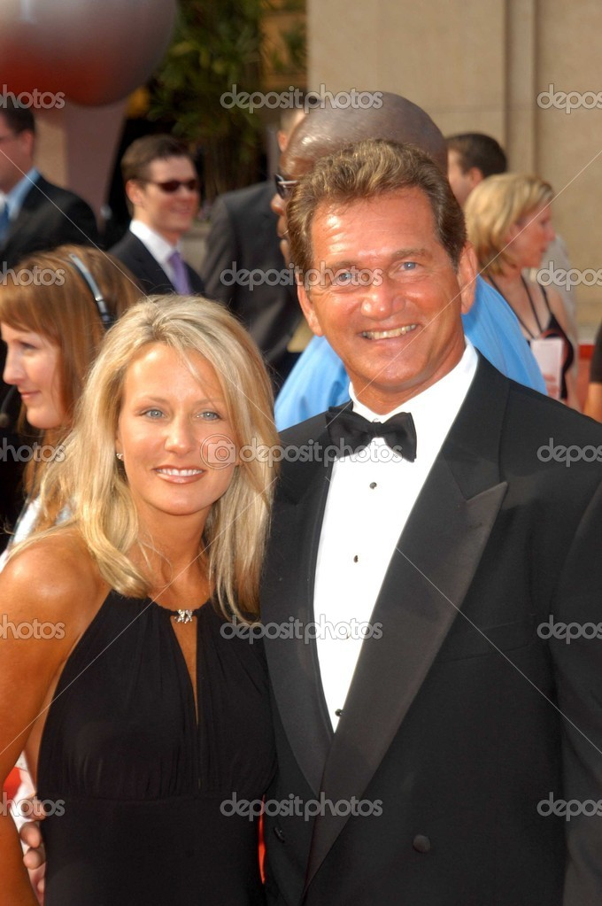 Joe Theismann and wife – Stock Editorial Photo © s_bukley ...
