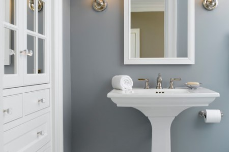 Tricks for How to Choose the Perfect Paint Color Traditional Bathroom
