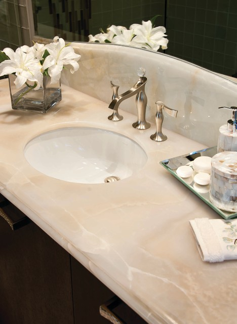 White Onyx Bath From Vt Industries Traditional