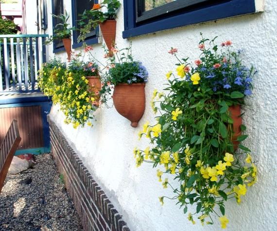 Garden Wall Pots