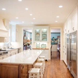 75 Most Popular New Orleans Kitchen Design Ideas for 2018   Stylish     Large transitional eat in kitchen appliance   Inspiration for a large  transitional u shaped