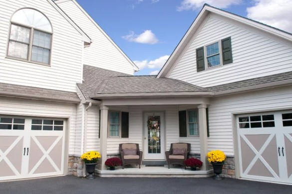 5 Things to Think About Before Adding an In Law Suite Traditional Porch by Metzler Home Builders
