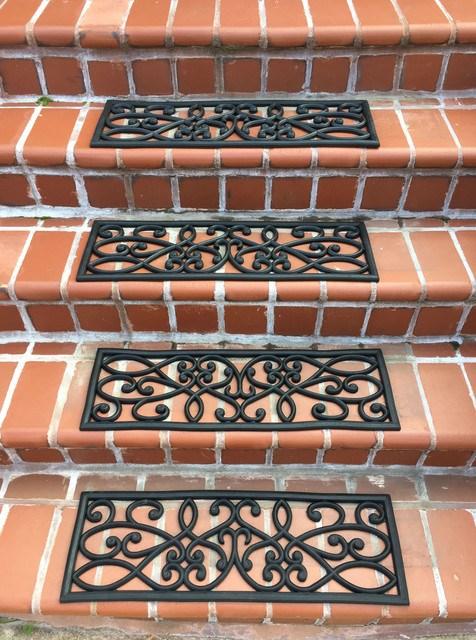 Amerihome Rubber Scrollwork Stair Tread Set Of 4 Mediterranean | Decorative Rubber Stair Treads | Modern Exterior Stair | Pattern | Pie Shaped | Abrasive | Dark Wood Step