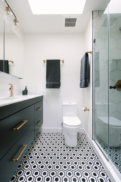 Bold Black And White Style For A Small Master Bath