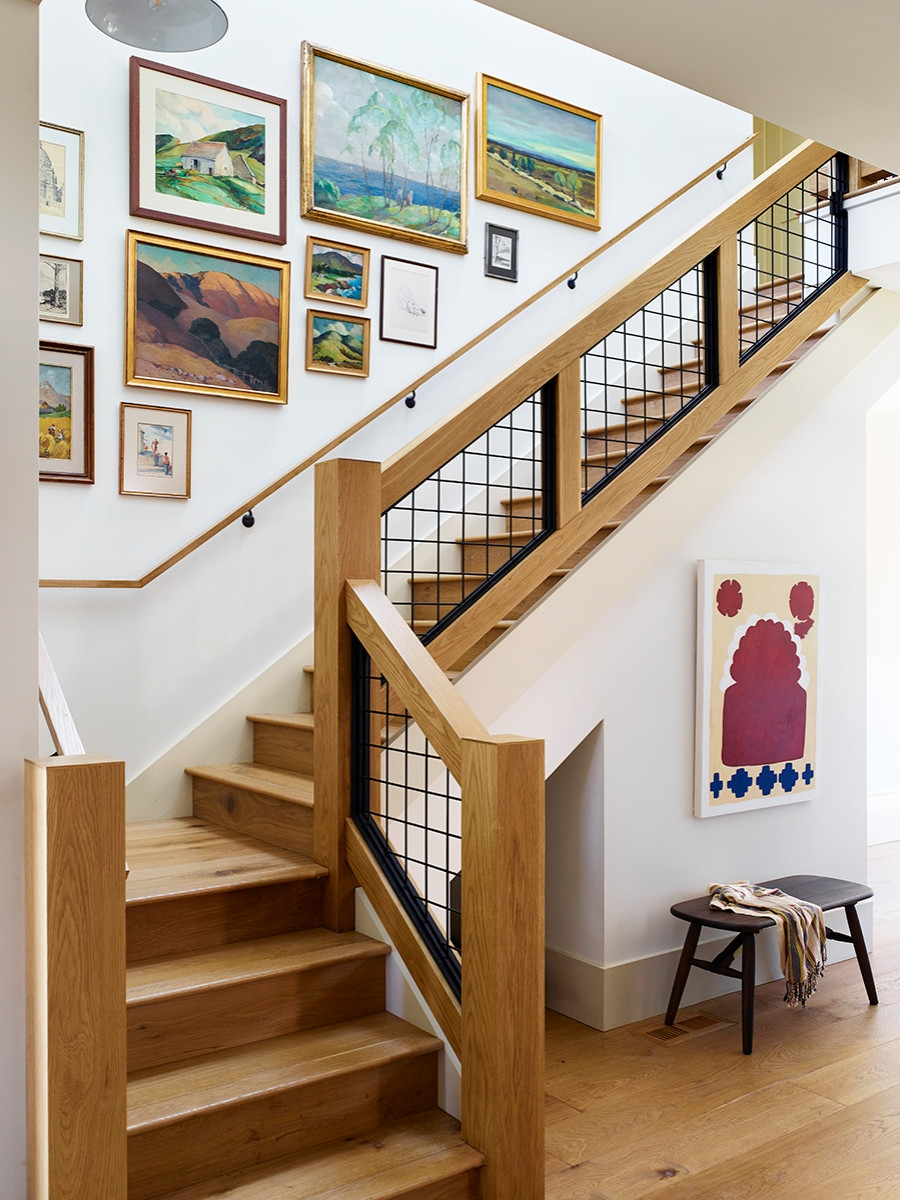 75 Beautiful Staircase Pictures Ideas September 2020 Houzz | Staircase Side Wall Design | Farmhouse | Ladder | Bookshelf | Small Space | Beautiful