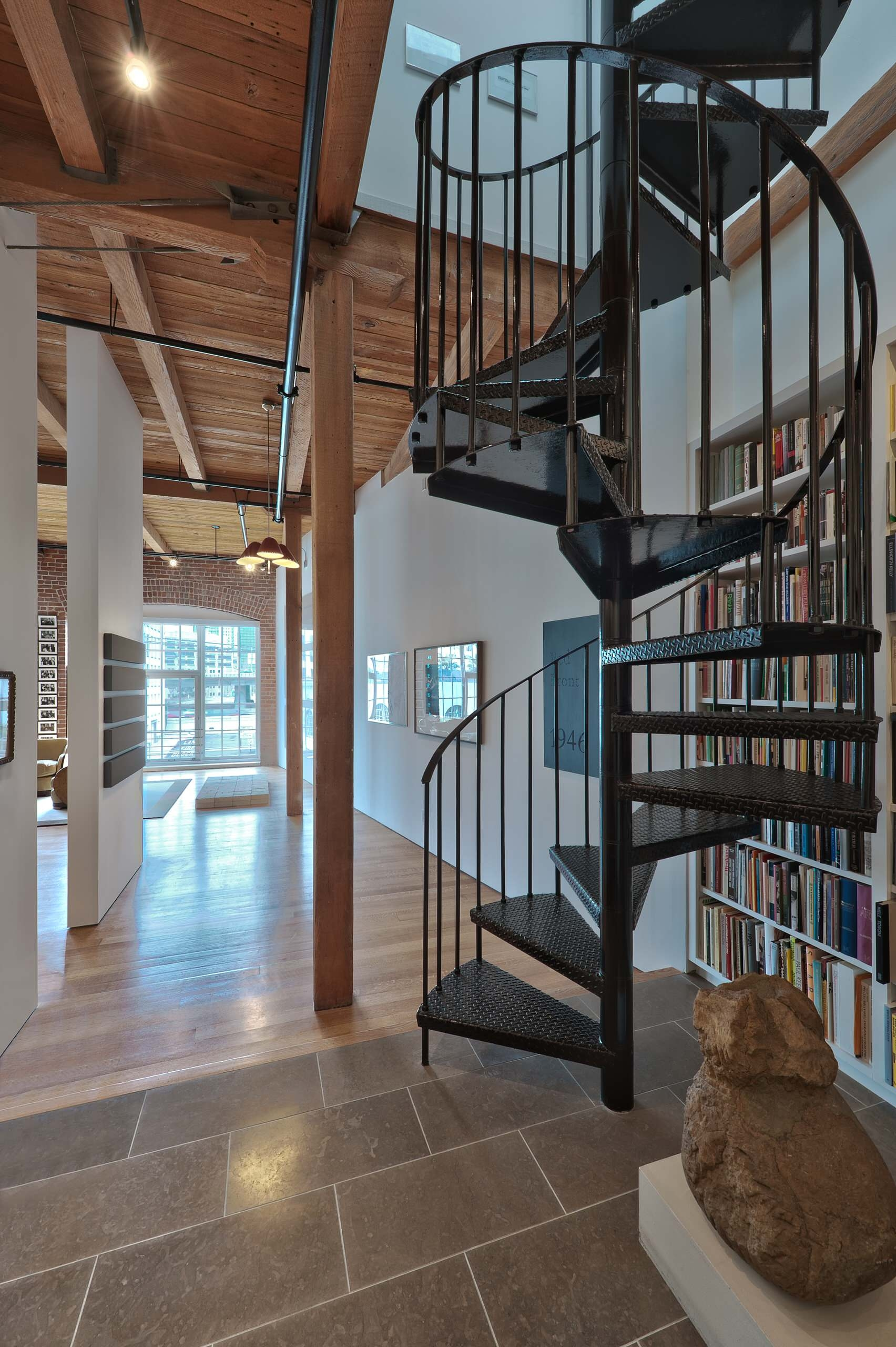 Wide Spiral Staircase Houzz | Wooden Spiral Staircase For Sale | Solid Wood | 36 Inch Diameter | Unique | Curved | Closed Riser