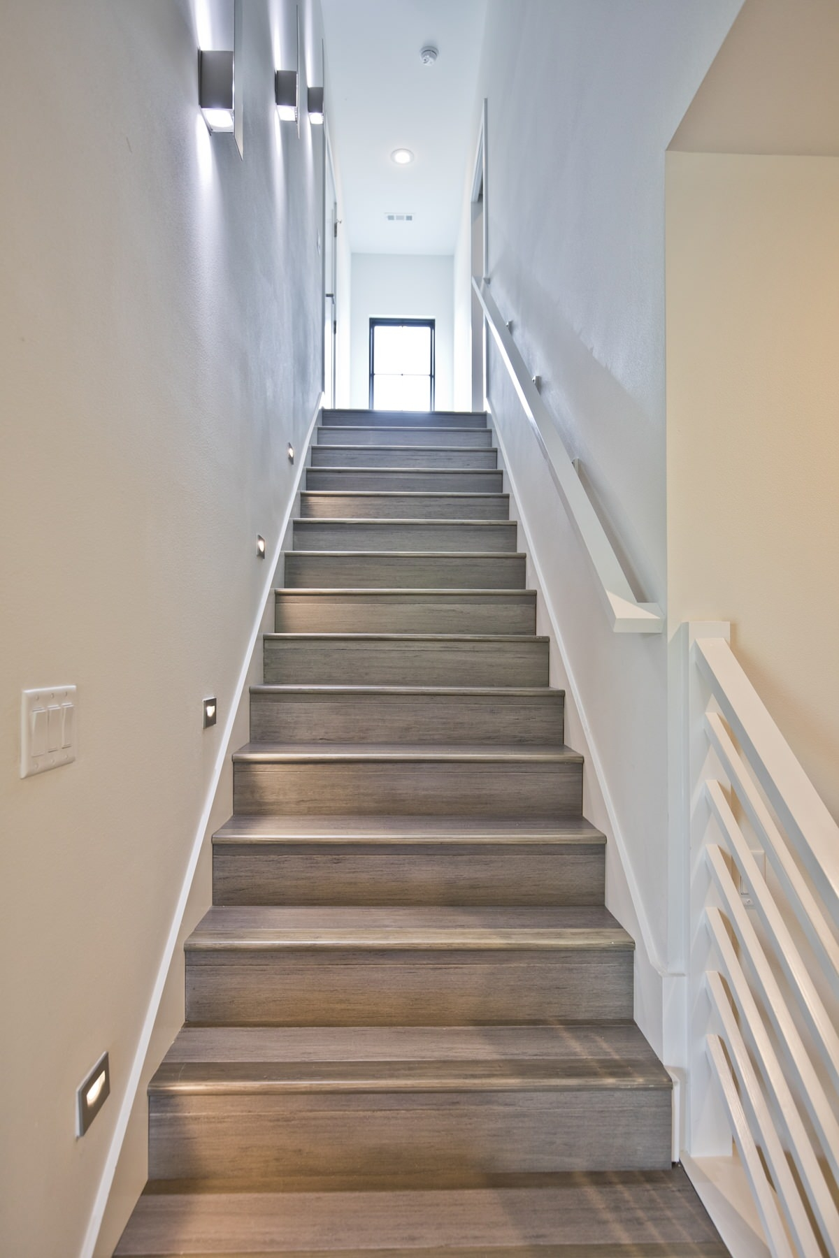 75 Beautiful Staircase Pictures Ideas September 2020 Houzz | Staircase Window Design Exterior | Round Shape Window | Car Parking | 2Nd Floor House Front Elevation | Section Window | Corner Window