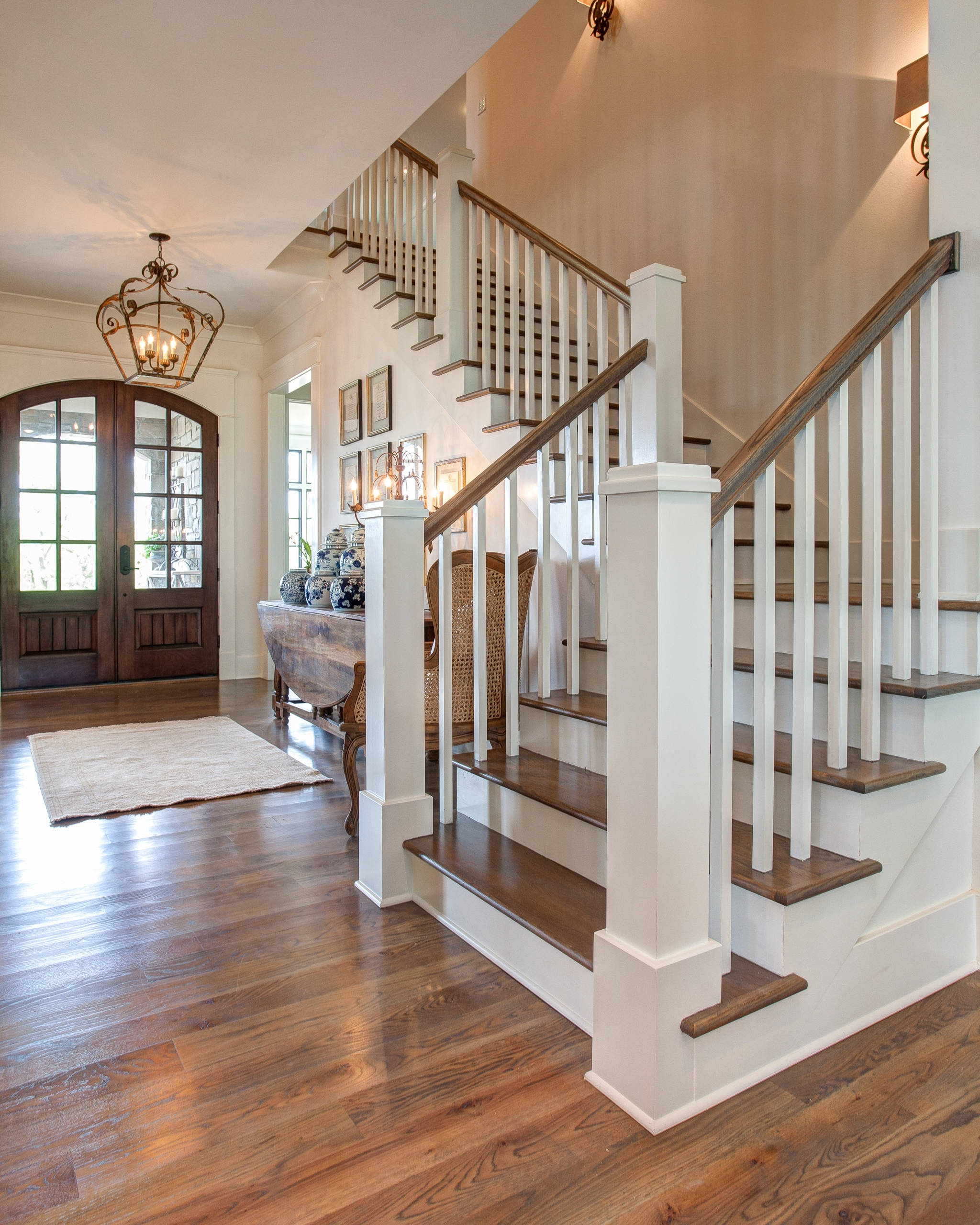 75 Beautiful Wood Stair Railing Pictures Ideas Houzz | Wood Balustrades And Handrails | Porch Railings | Front Porch | Stainless Steel | Stair Railings | Glass Balustrade