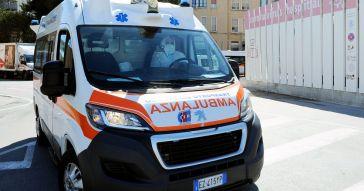 Benevento, ragazzo di 19 anni si spara alla testa dopo un rimprovero del padre. È ricoverato in gravi condizioni