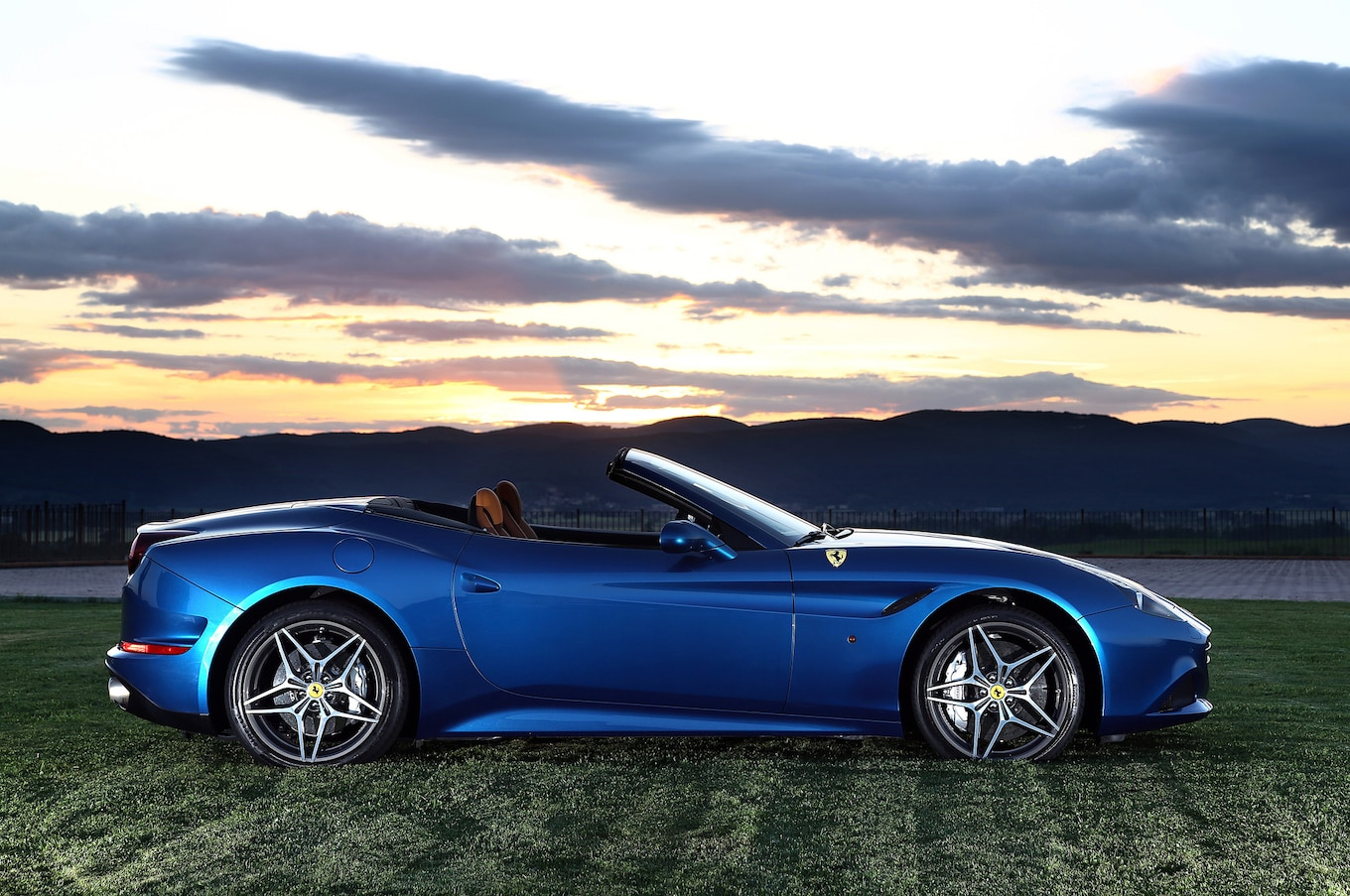 2015 Ferrari California Reviews - Research California ...