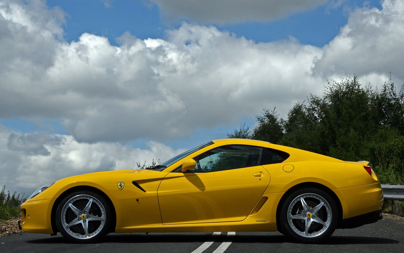 Styling Showdown: Ferrari F12 Berlinetta vs. Ferrari 599 ...