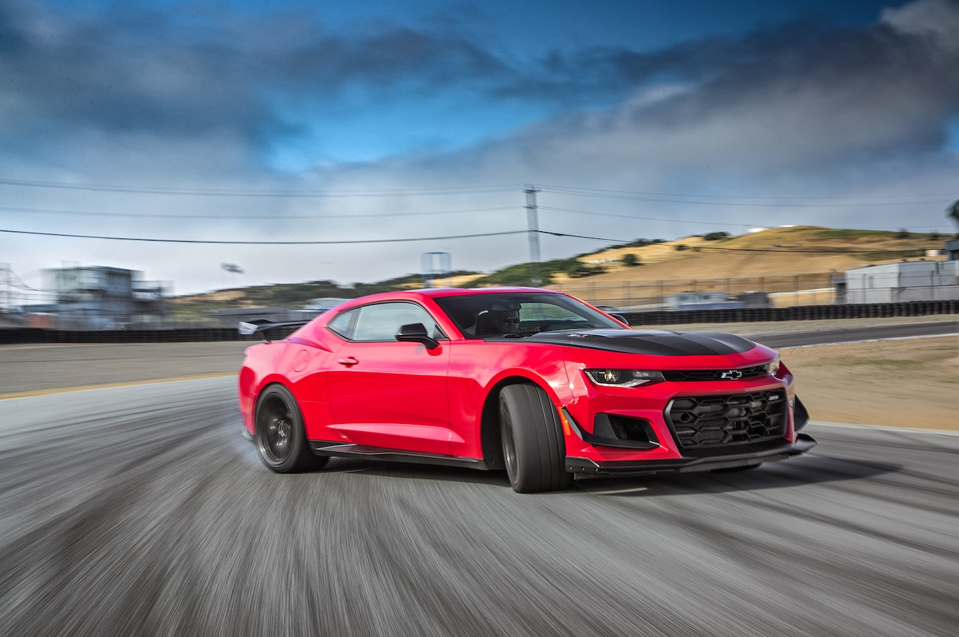 Chevrolet Camaro ZL1 1LE: 4th Place - 2017 Motor Trend ...