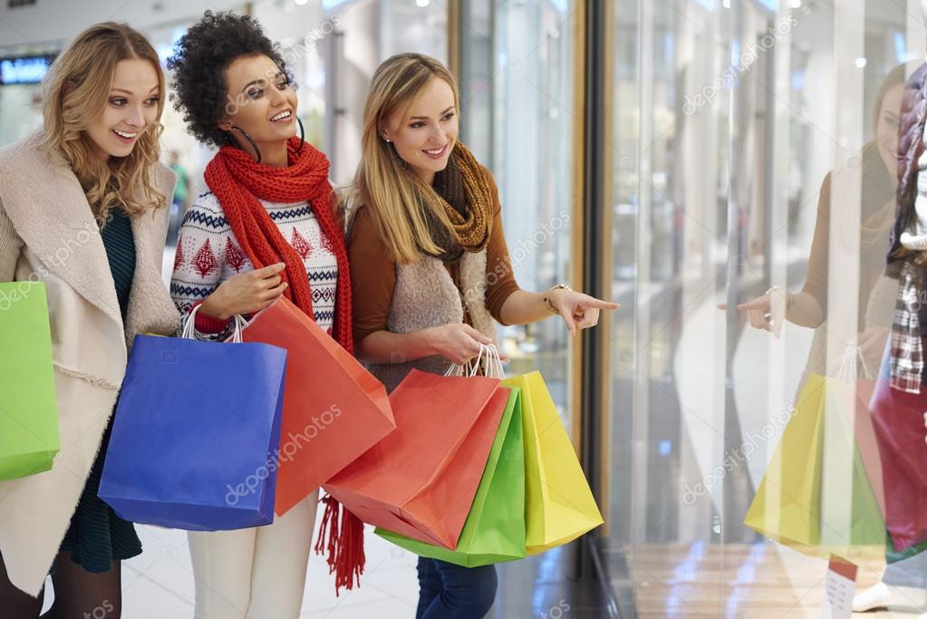ladies shopping and dining - HD1600×1040