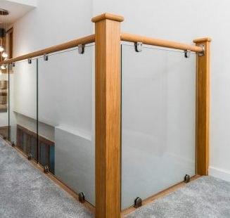 Oak Glass Landing Balustrade Kit Stairfurb | Glass And Oak Banister | Minecraft | Traditional | Stair Case | House | Designer