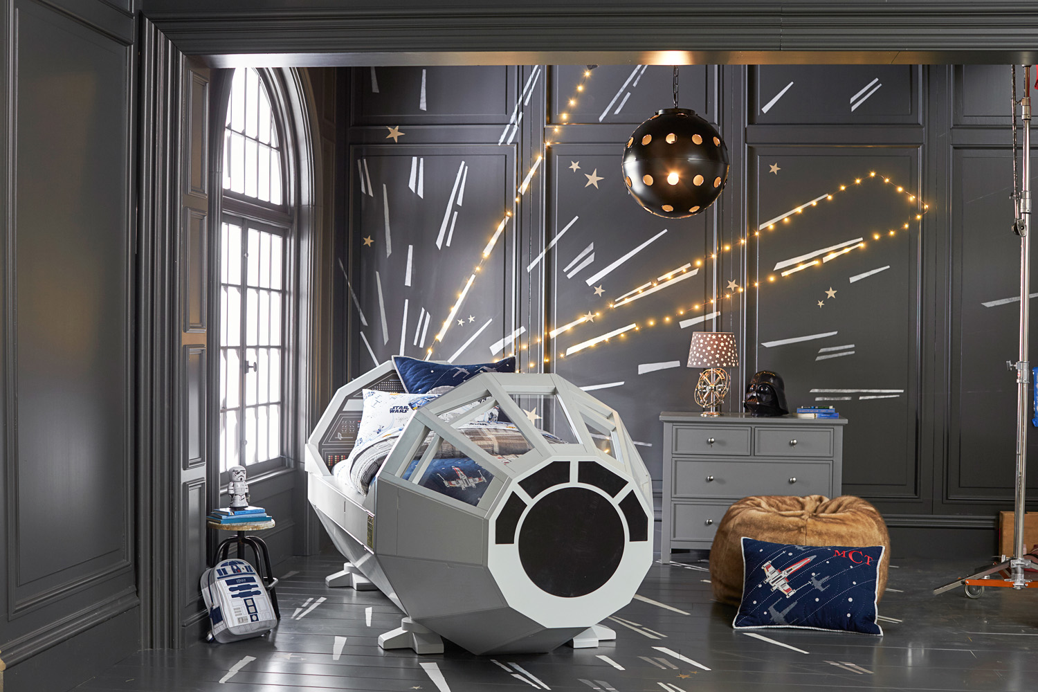 Pottery Barn Star Wars Collection   Preview    StarWars com Pottery Barn Millennium Falcon bed  Star Wars