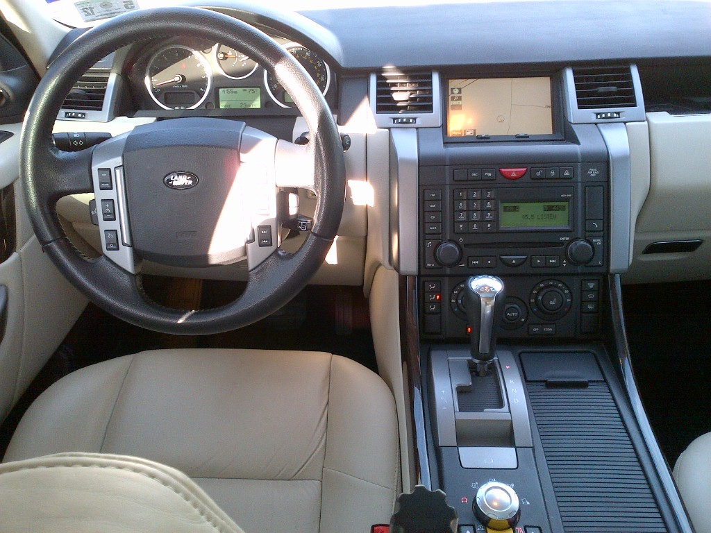 Land 2008 Interior Lr4 Rover