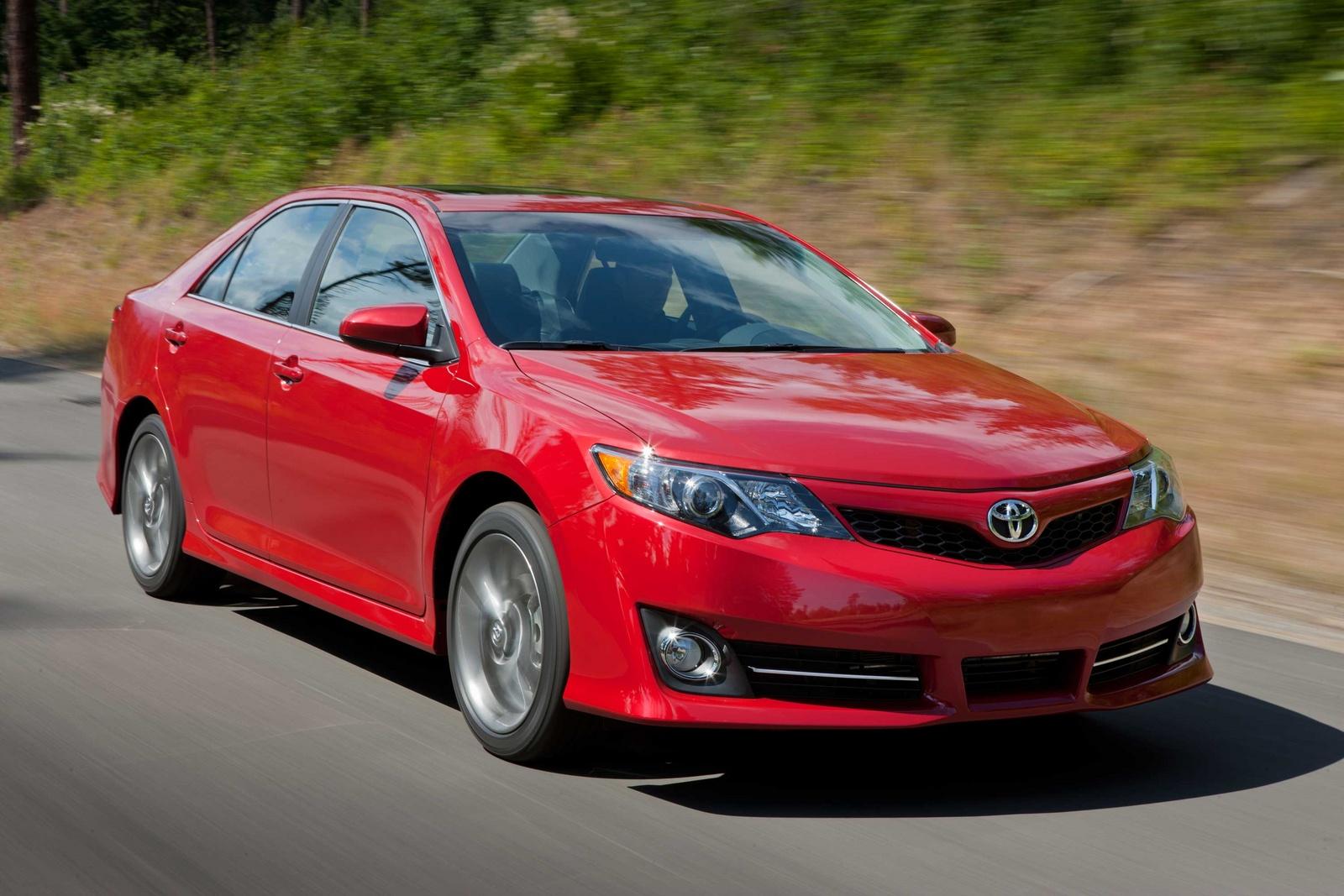 2013 Toyota Camry Pictures Cargurus