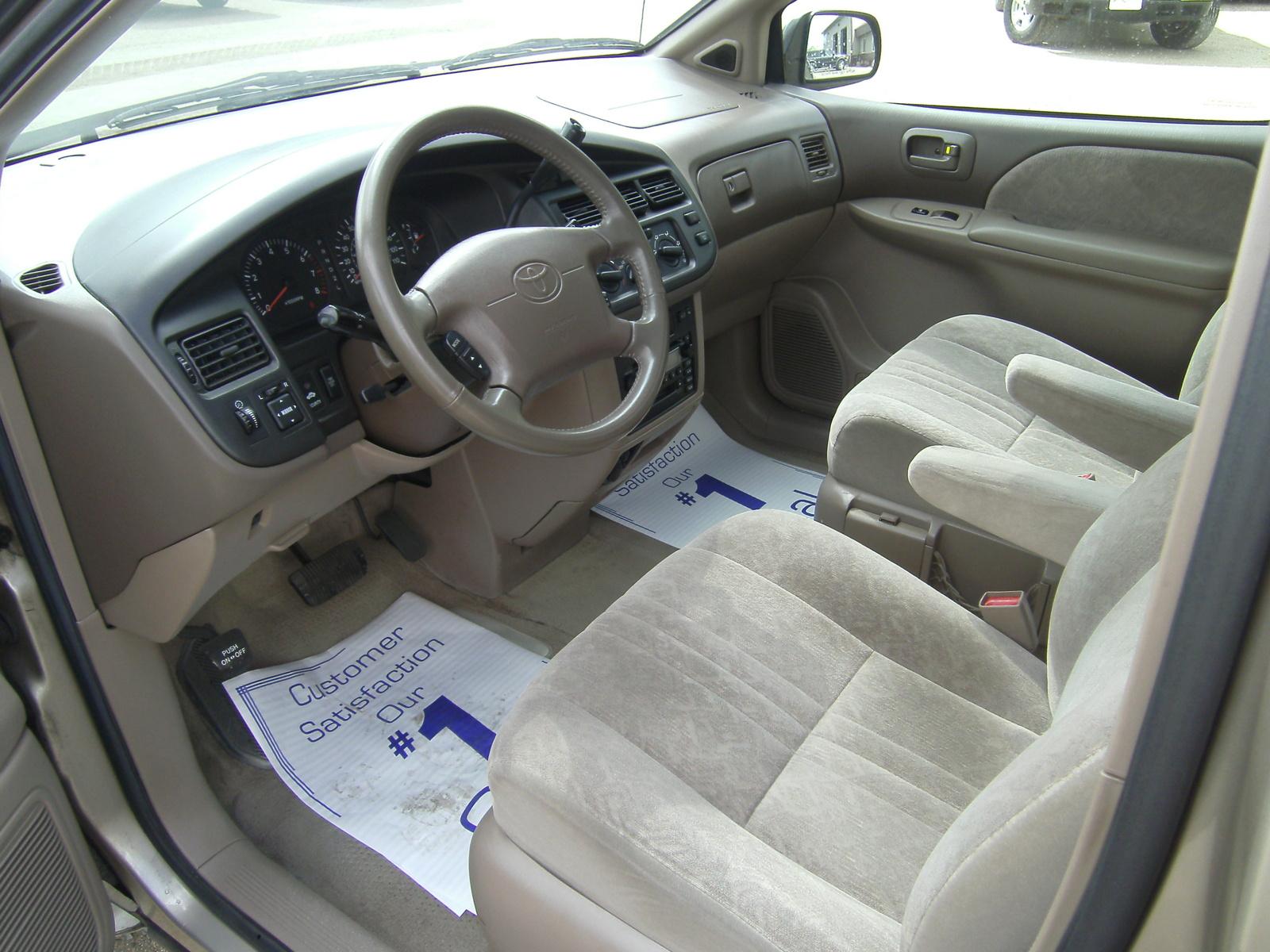 2000 Toyota Sienna Pictures Cargurus