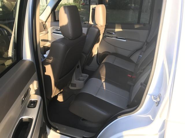 Interior 2005 Jeep Grand Cherokee