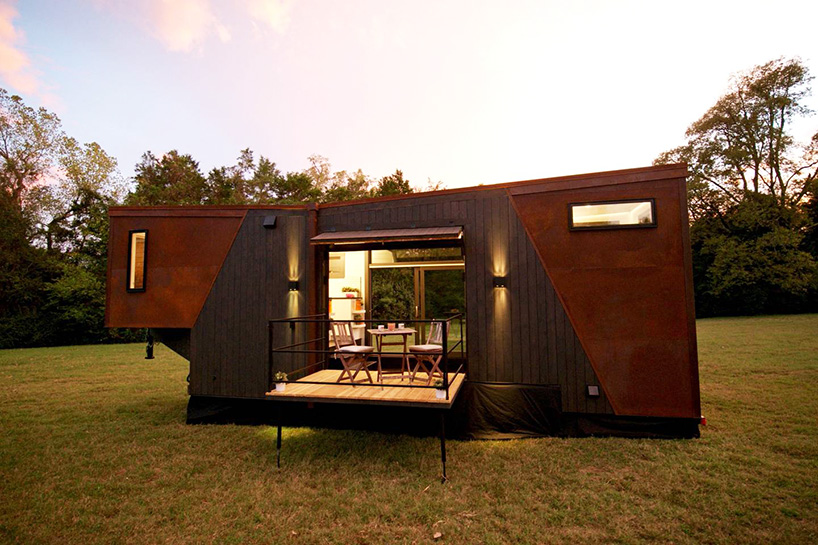 Dunkin Donuts Builds Tiny Transportable House That Runs