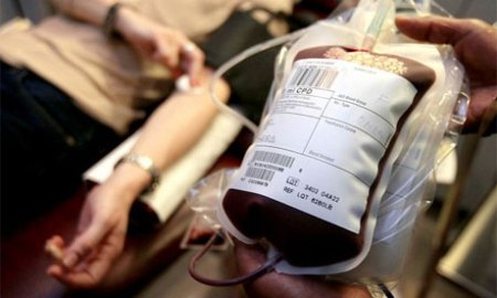 A Writer s World  Giving Blood Donar giving blood 007 jpg