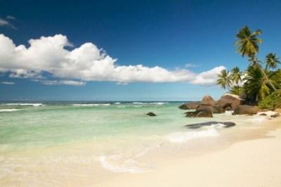 Hotel Hilton Seychelles Labriz Resort and Spa Silhouette ...
