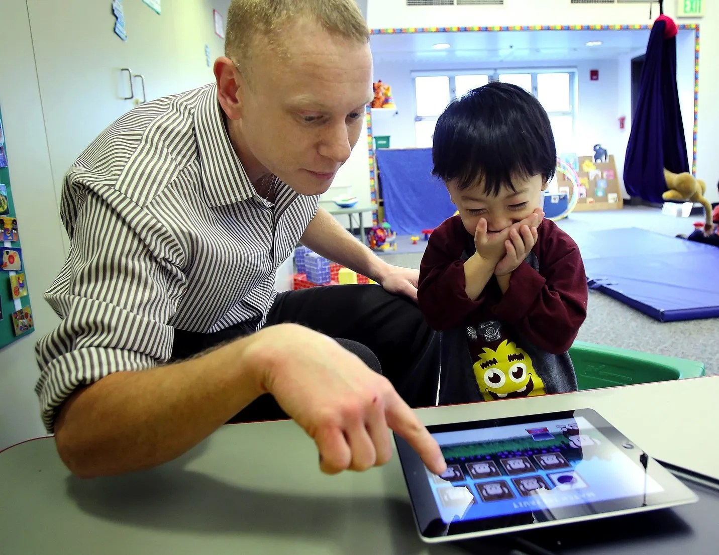 Program Ipad Help 3 Year Old To Communicate And Share