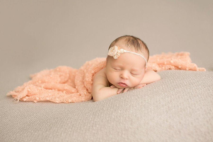 Newborn Photography NJ   Idalia Photography Newborn girl pin peach
