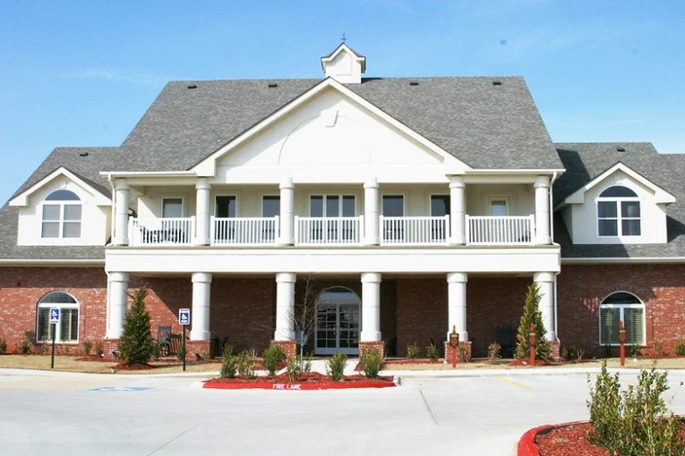 The Links AT Norman Amenities
