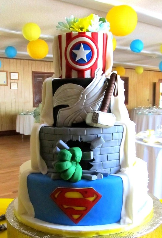 Kelley Kakes   Wedding Cakes Superhero wedding cake