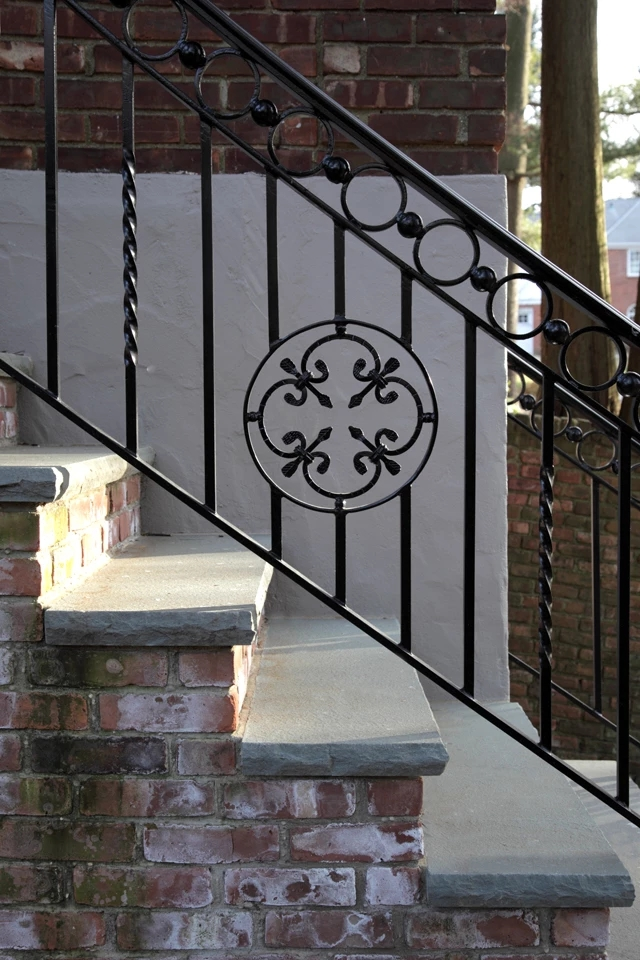 Custom Wrought Iron Railing | Long Island Custom Railings | Wrought Iron | Aluminum Railings | Staircase | Stairs | Porch