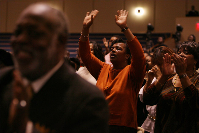 Detroit Churches Pray for 'God's Bailout' - The New York Times