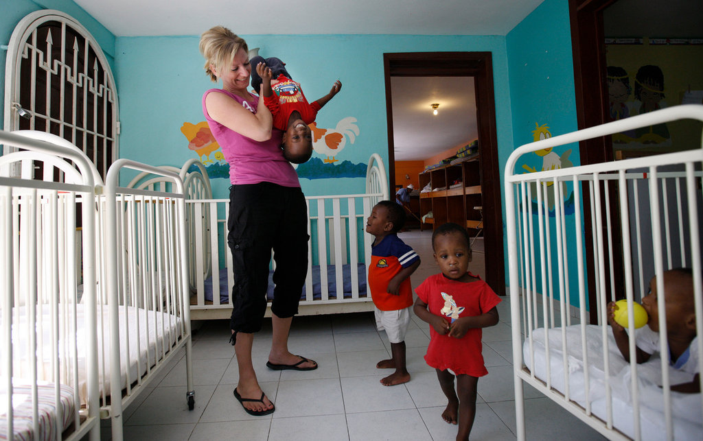 After Haiti Quake, the Chaos of U.S. Adoptions - The New ...