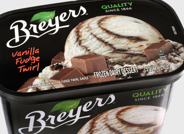 Ice Vanilla Snickers Cream Breyers