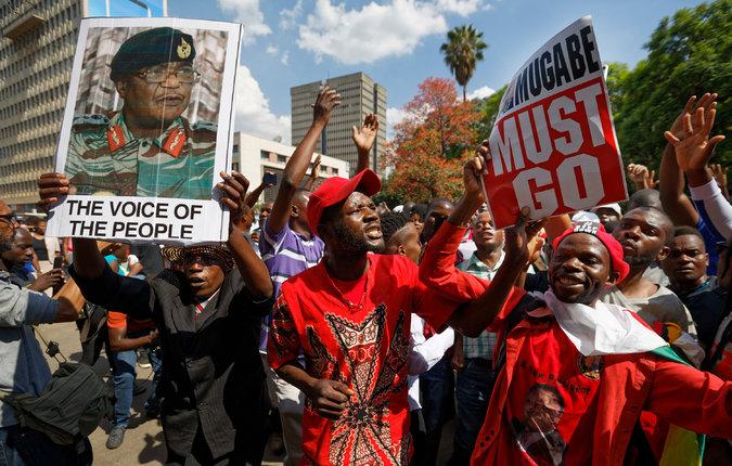 Robert Mugabe Resigns as Zimbabwe's President, Ending 37 ...