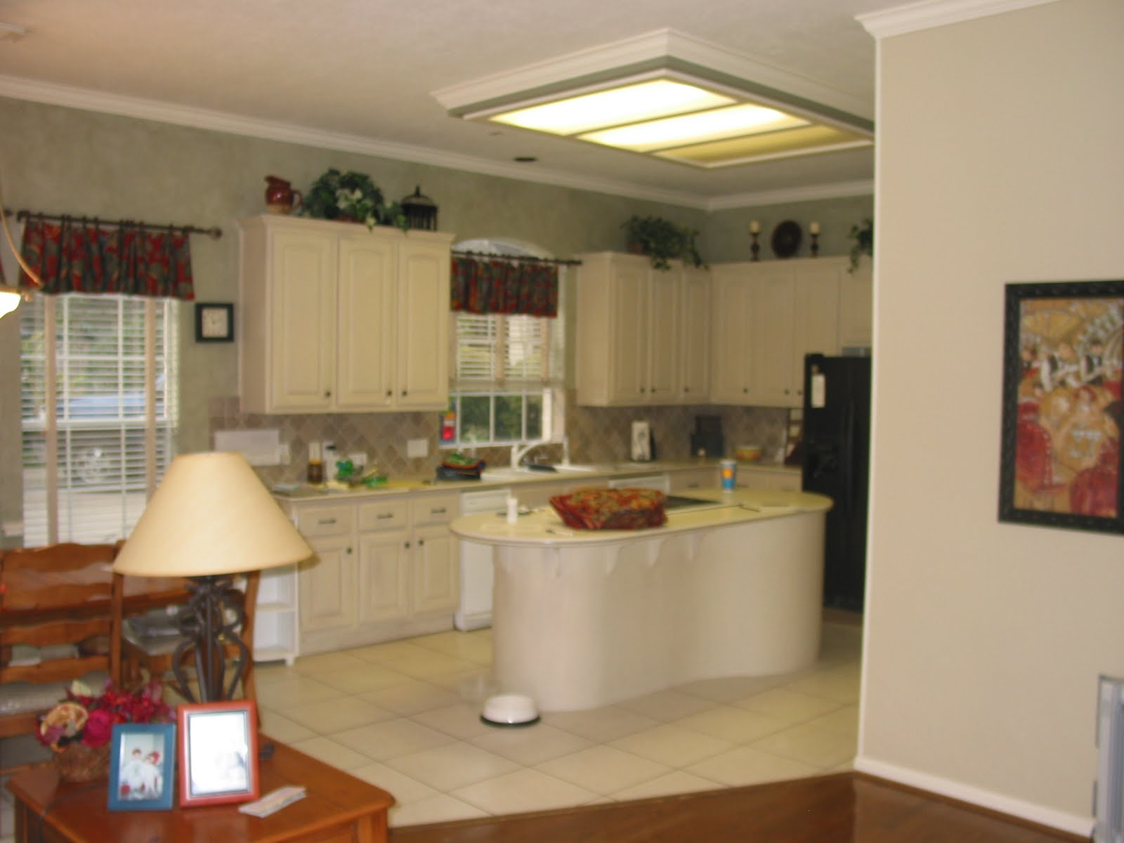 Kitchen Designs Odd Shaped Rooms