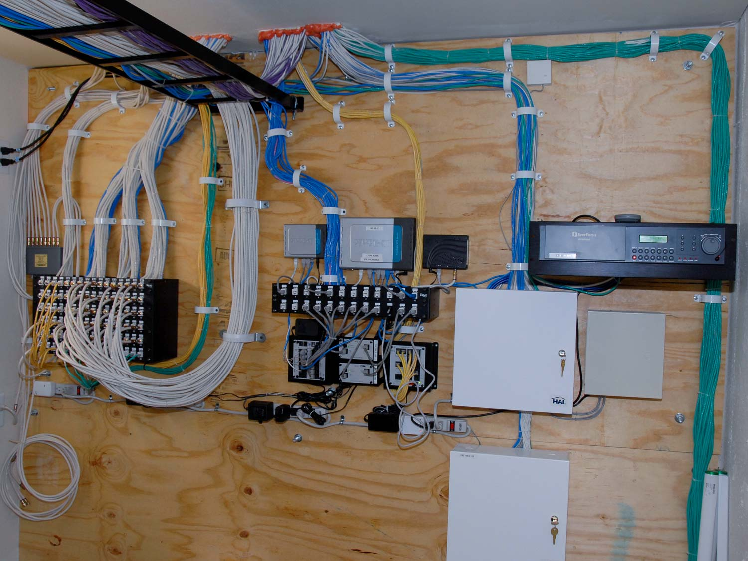 Cabling Solutions     Progressive Home LowVoltage 4 jpg