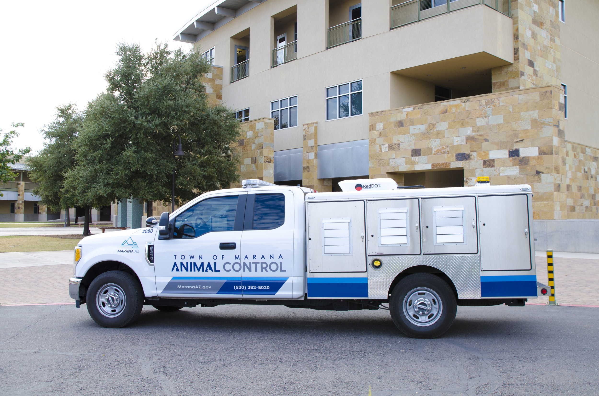 Animal Control     Town of Marana our animal control division has two full time animal control oFFICers   ACO s  to respond to animal issues within the marana TOWN LIMITS