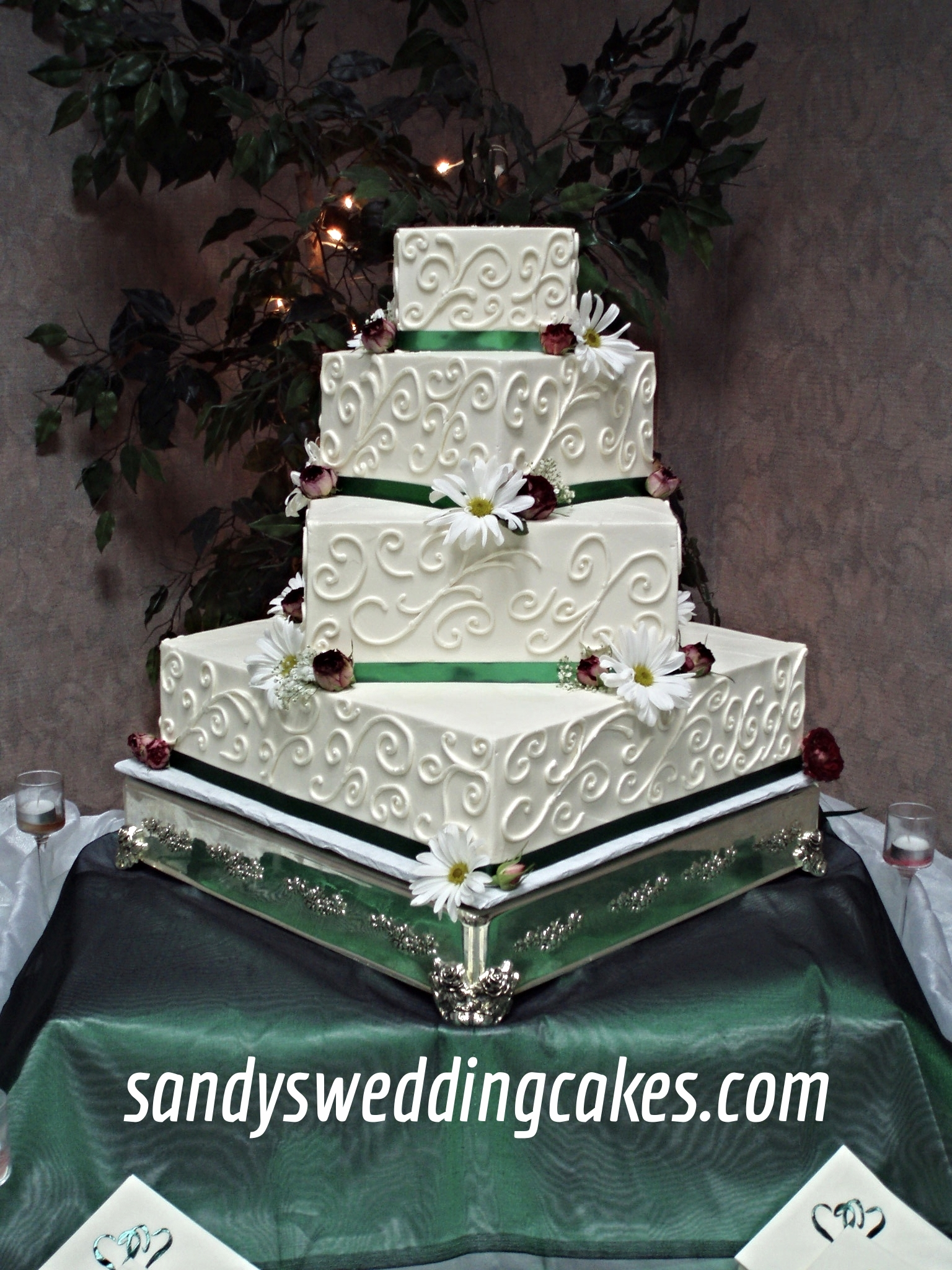 Gallery I     Sandy s Wedding Cakes Style 300