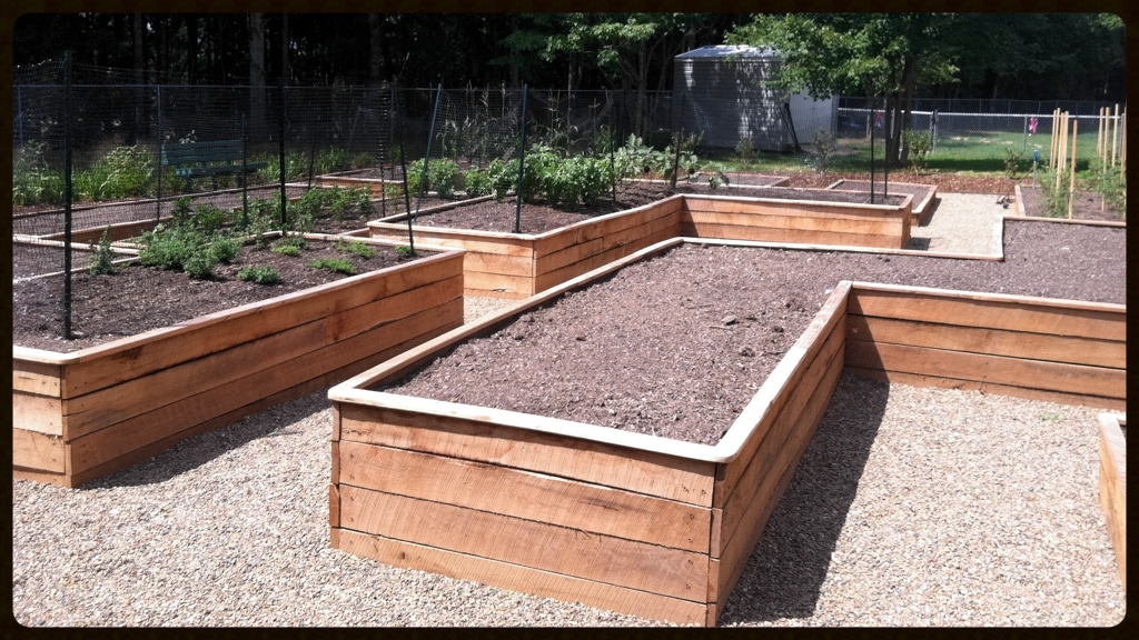 Raised Vegetable Garden Planters