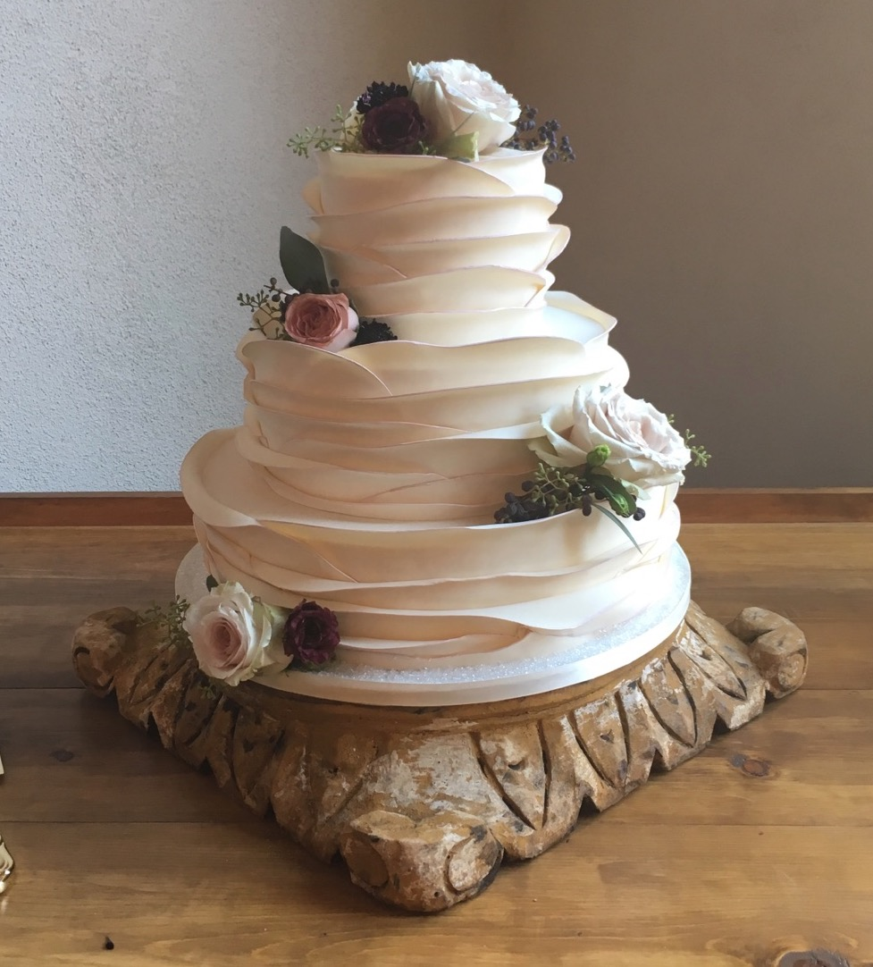 Wedding cake gallery     Piece Of Cake Desserts FT1