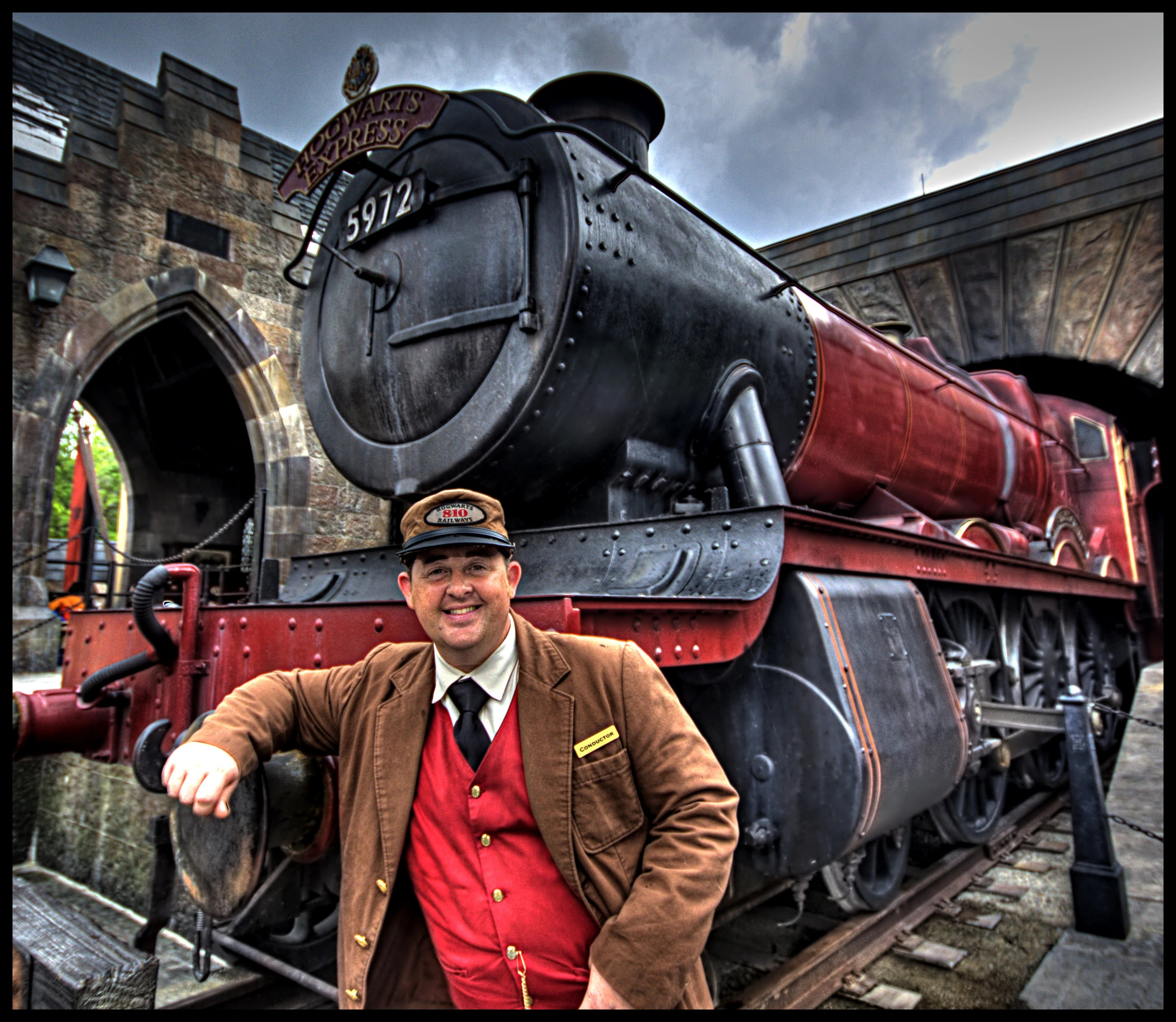 Hogwarts Express conductor - Harry Potter Wiki