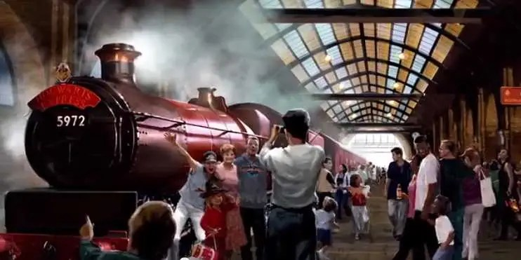 Hogwarts Express Coming To Universal Studios - Business ...