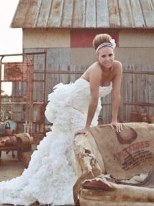 Toilet Paper Wedding Dress   Charmin Bride Contest toilet paper dress