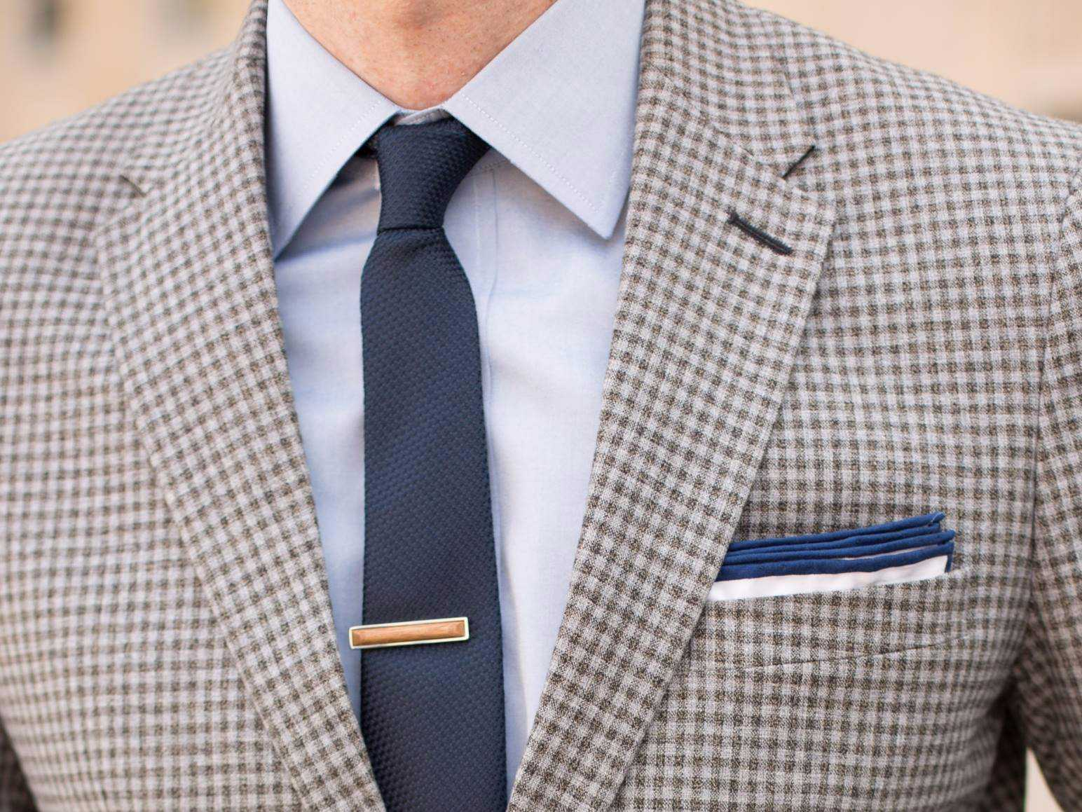 This is the tie every guy will be wearing for summer ...