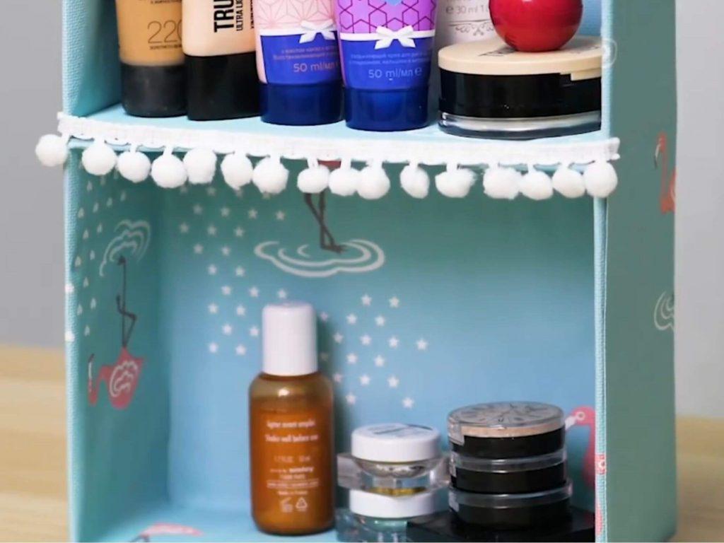 Kendi ellerinizle kozmetik için organizatör - kolay ve kolay!