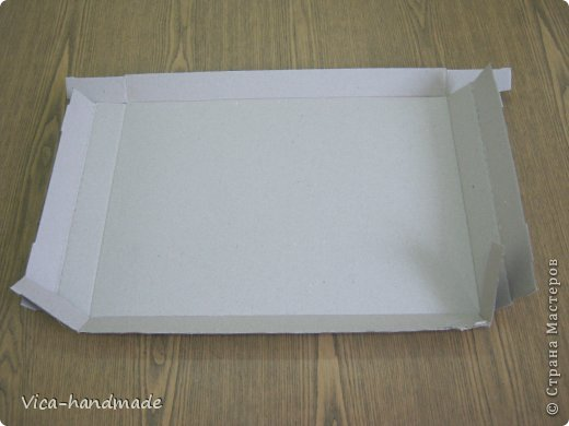 On the example of this set, I will show how to cover the cloth box of two types: with a removable lid and with a folding lid.