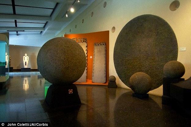 Rica Spheres Costa Stone Giant